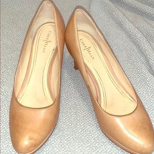 Cole Haan nude Nike air pumps size 8